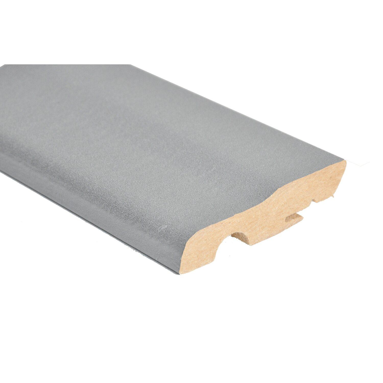 Battiscopa con passacavo in mdf rivestito alluminio for Perline legno obi